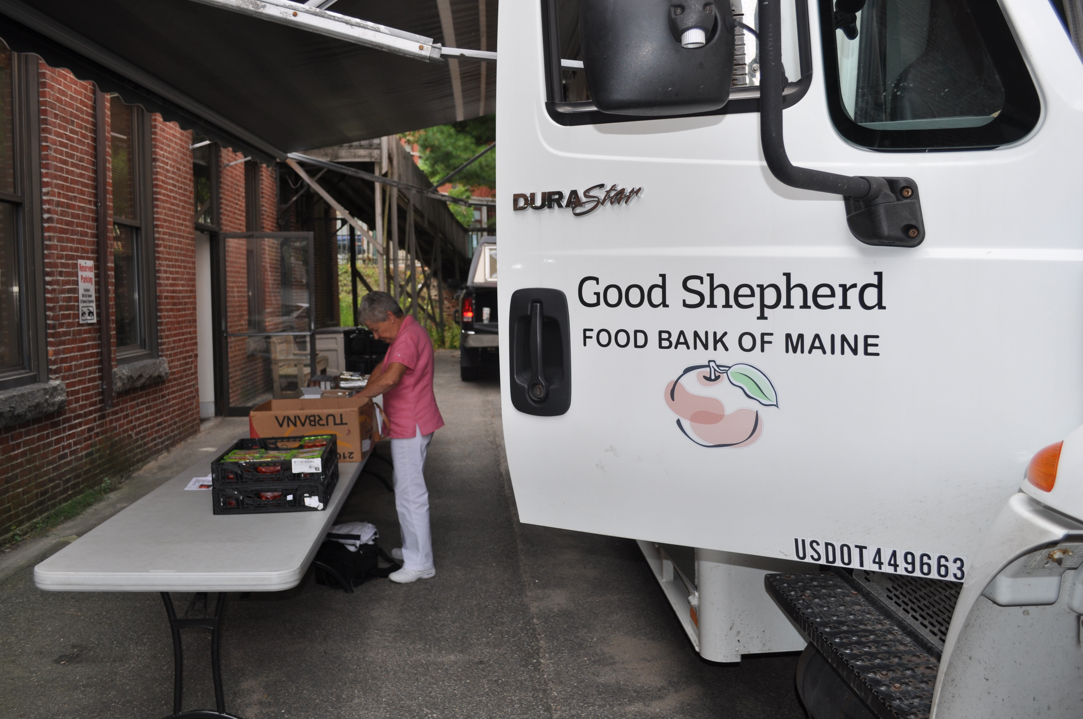 food mobile biddeford stone soup volunteer (3)